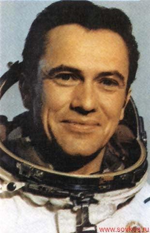 Попов Леонид Иванович 46-й космонавт СССР / России 93-й космонавт мира